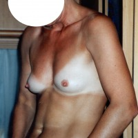 My very small tits - Elke