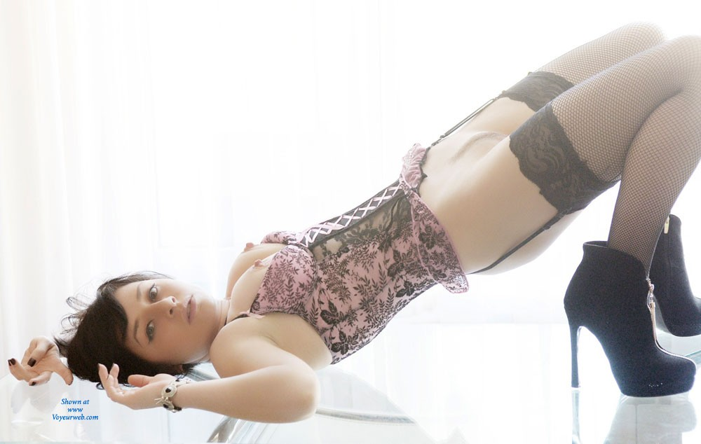 Pic #8 - Veronik - Brunette, High Heels Amateurs, Lingerie