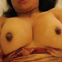 Medium tits of my girlfriend - M