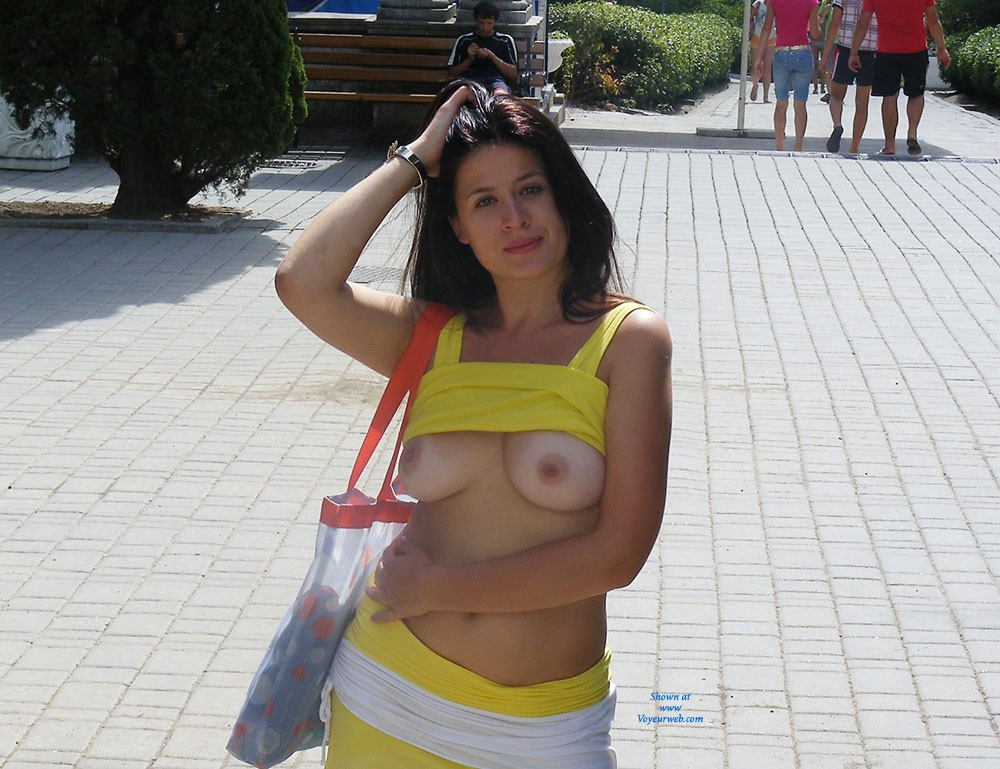 Viko in The City - Big Tits, Brunette Hair, Exposed In Public, Flashing, Navel Piercing, Nude In Public, Shaved , Sexy Summer :)   Enjoy!  Kisses  Yours VW Viko!