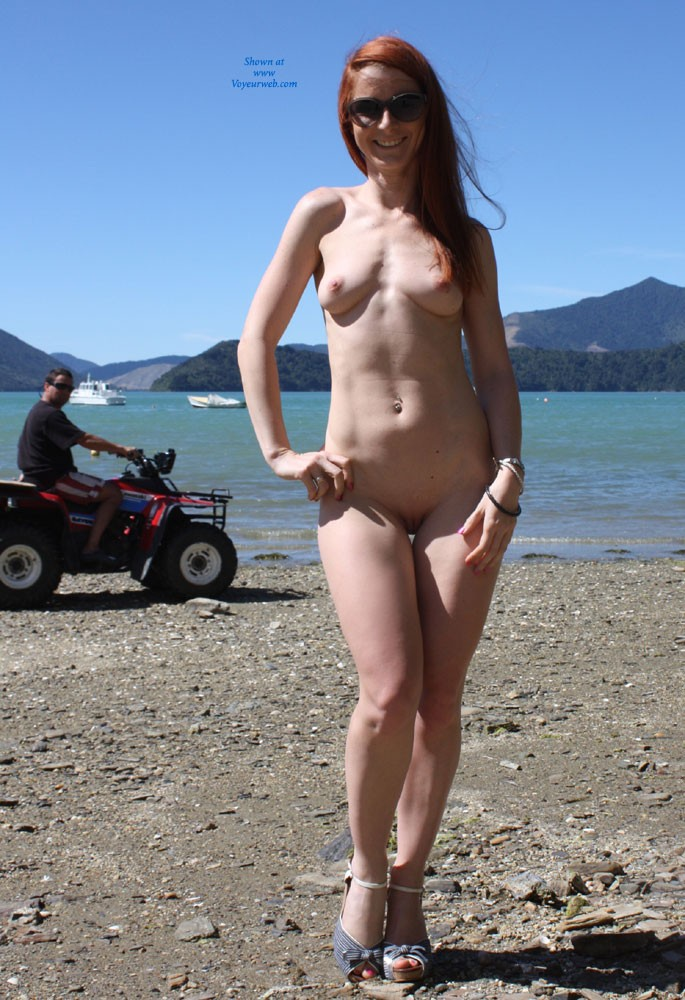 zealand new Nude beach