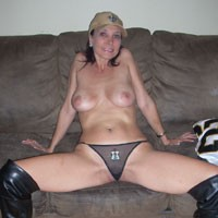 Sexy Southern Who Dat Babe! - Big Tits, Brunette