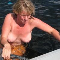 The River 2 - Bikini Voyeur, Mature