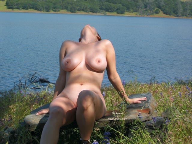 Pic #6 - Pleasurekitten At The Lake