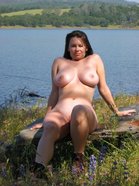 Pic #7 - Pleasurekitten At The Lake