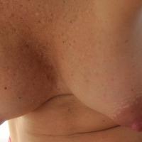 Medium tits of my wife - Gealdine