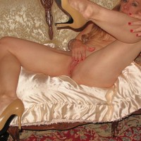 Erotic Legs & Heels - Toys, High Heels Amateurs, Long Legs