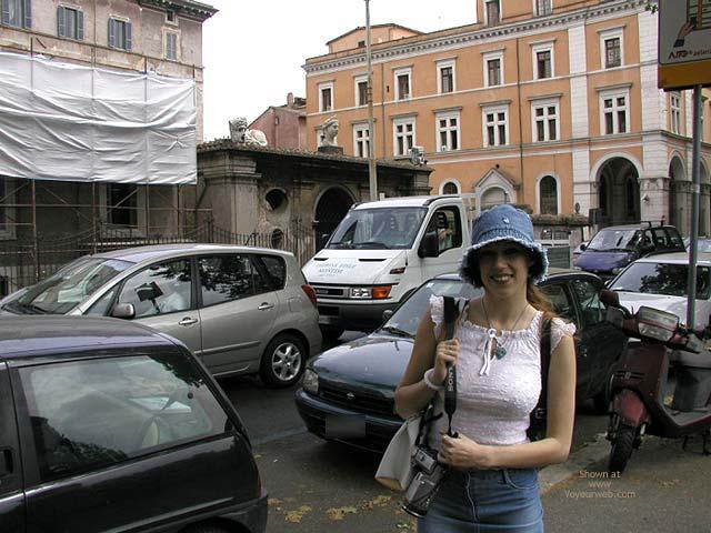 Pic #3 - Flashing In Rome