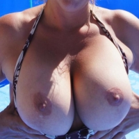 Very small tits of my wife - les