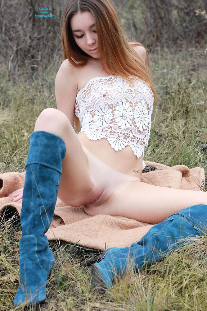 Pic #10 Sexy Vivienne - Nature, Redhead, Beautiful Ass