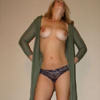 Strip - Blonde, Big Tits, See Through