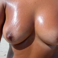 Medium tits of my wife - Mapis