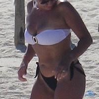 Bikinis - Beach, Bikini Voyeur