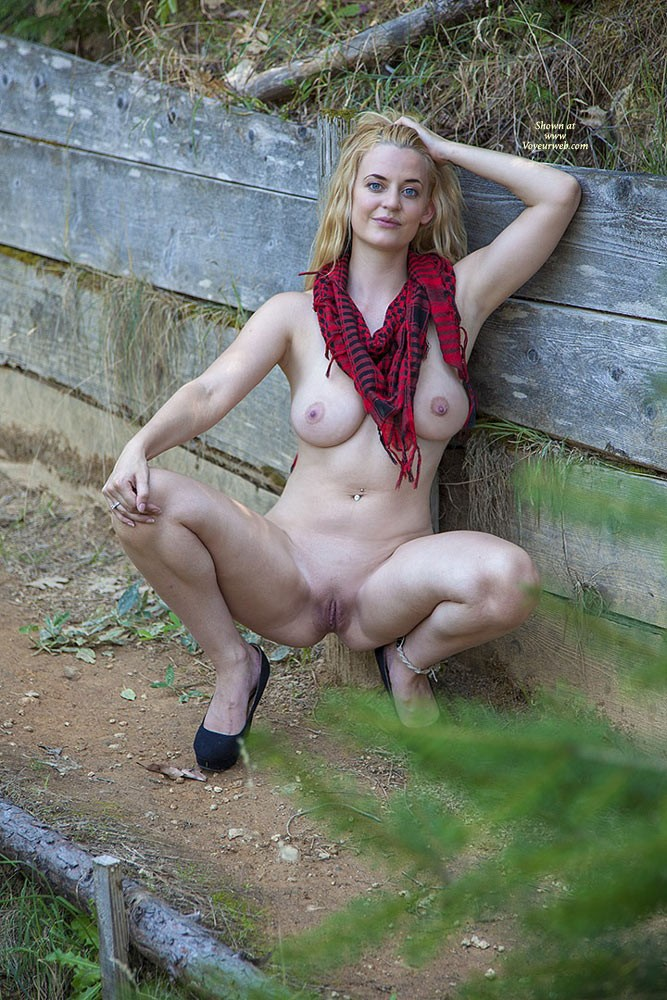 Pic #7 Molly's Christmas Wish - Big Tits, Blonde, Milf, Nature