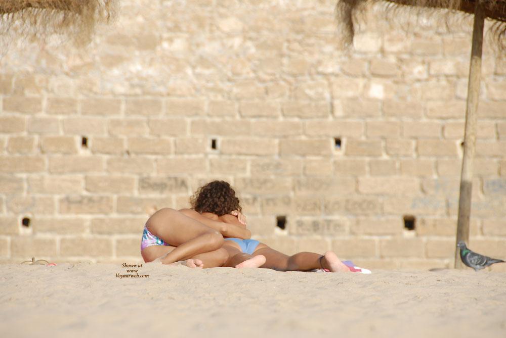 Pic #4 Lesbians - Beach