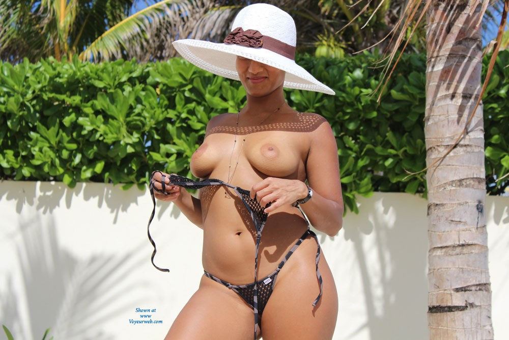 Pic #1 - New Weasel Part 1 - Big Tits, Bikini , Nothing Better Than A New Bikini And A Beautiful Day On The Beach! It's Hard To Pick Only 10 Photos. So I Decided To Break Them Up Into Sections. These Are The First.. They Will Get A Lot Hotter Promise!