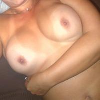 Medium tits of my girlfriend - Apple