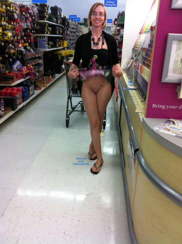 ladies of walmart nude