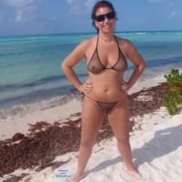 Hot Cayo - Big Tits, Bikini, Brunette Hair, See Through, Beach Voyeur