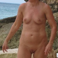 Eva Outside - Mature