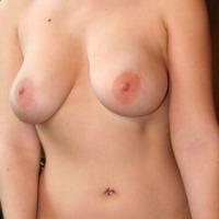 Large tits of my ex-girlfriend - Abbi