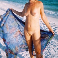 Linda Nude at Beach - Beach, Medium Tits