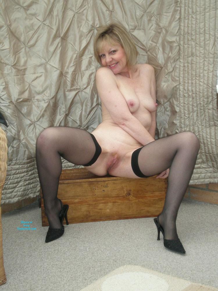 mature heels porn