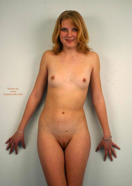 Pic #1 - Blonde Pussy Bella
