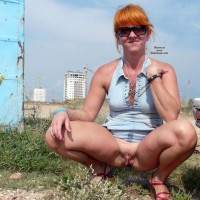 Piss - Outdoors, Redhead, Shaved