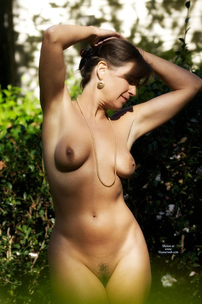Pic #5 - Vanessab ... Autumn - Outdoors, Brunette
