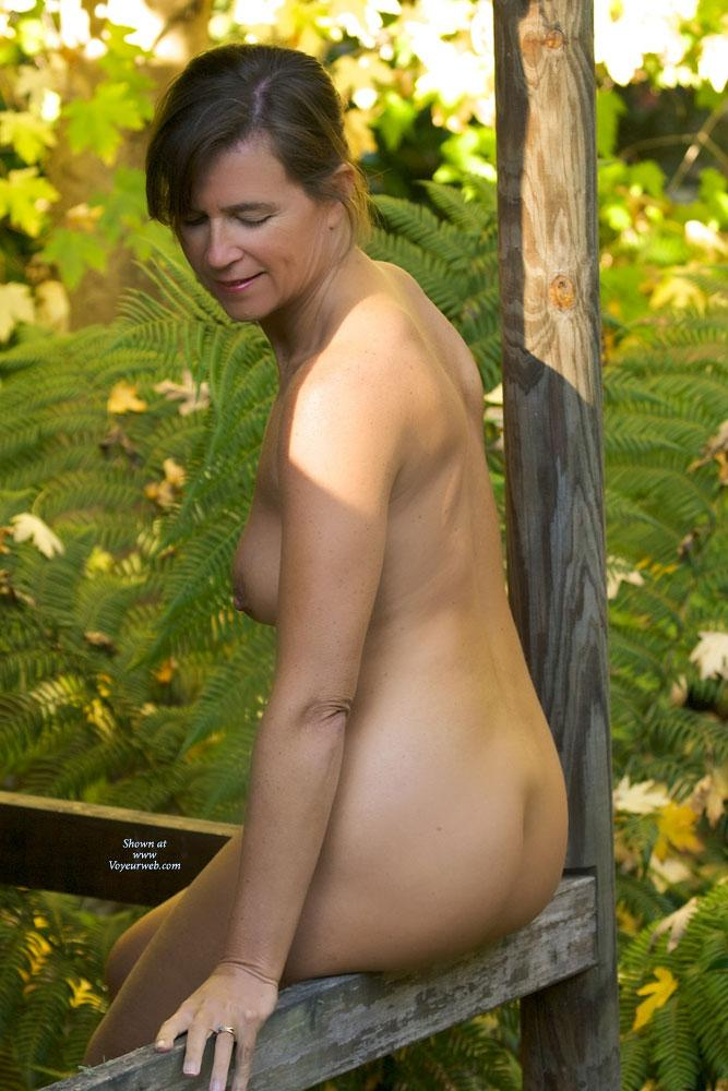 Pic #7 - Vanessab ... Autumn - Outdoors, Brunette