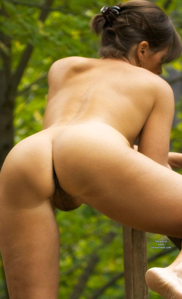 Pic #8 - Vanessab ... Autumn - Outdoors, Brunette