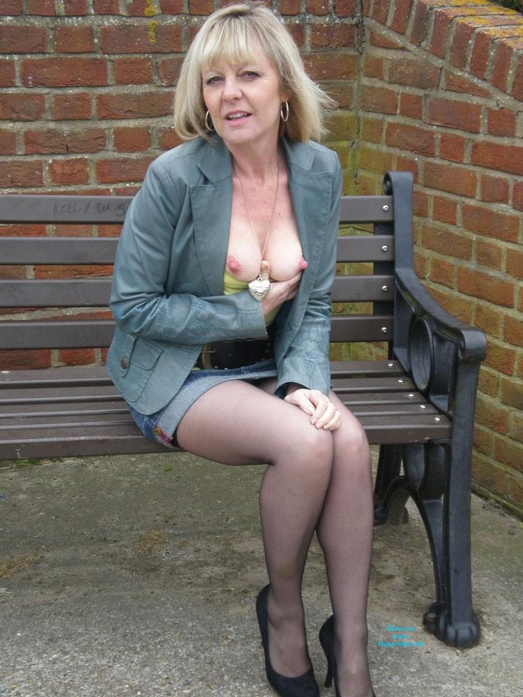 Pic #1 Sexy Joy - Blonde, High Heels Amateurs, Lingerie, Mature