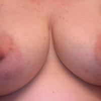 My very large tits - WifeMandi