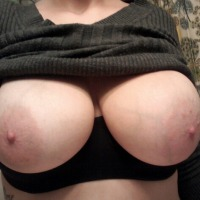 Very large tits of a neighbor - Jessi