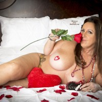 Valentine Kitten - Big Tits, Brunette