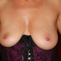 My medium tits - French MILF
