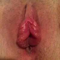 My girlfriend's ass - Public Lips