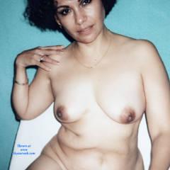 Feeling Horny 2 - Big Tits, Brunette