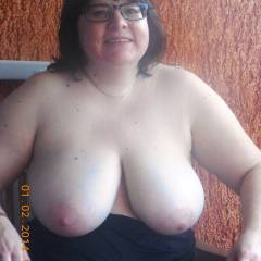 Very large tits of my wife - Chriss