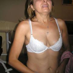 Gladys XVI - Blowjob, Brunette