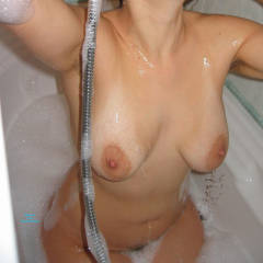 Momo's Bath Time - Big Tits