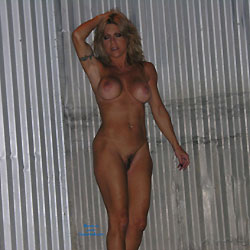 Freeway 2 AM - Blonde, Big Tits