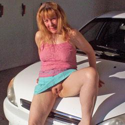 Car Wash - Redhead, Shaved