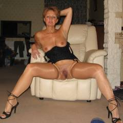 Medium tits of my wife - Tricia