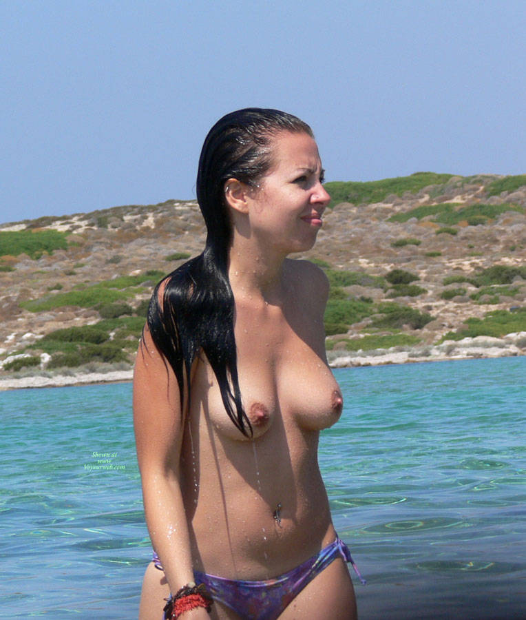 Pic #5 Beach Voyeur: Girls In Greece