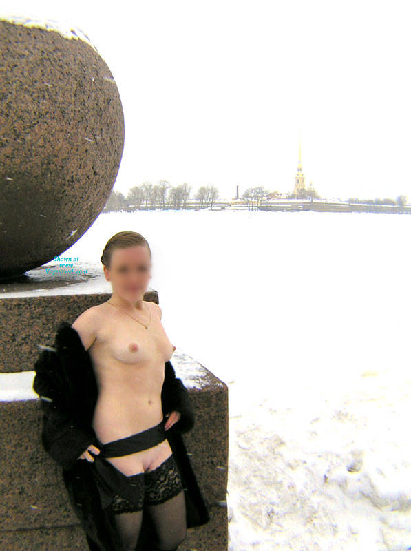 by her nipples, I'd say 18degF (-8degC)