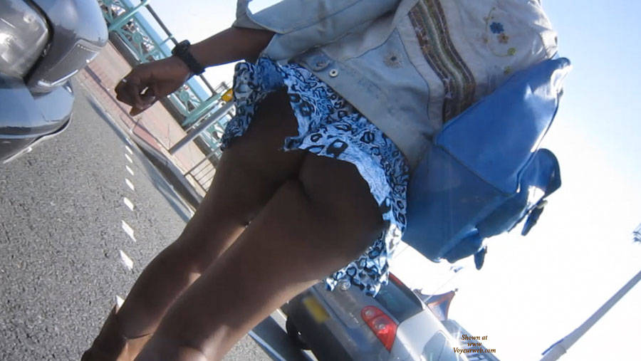 walking between traffic - skirt with a mind of its own