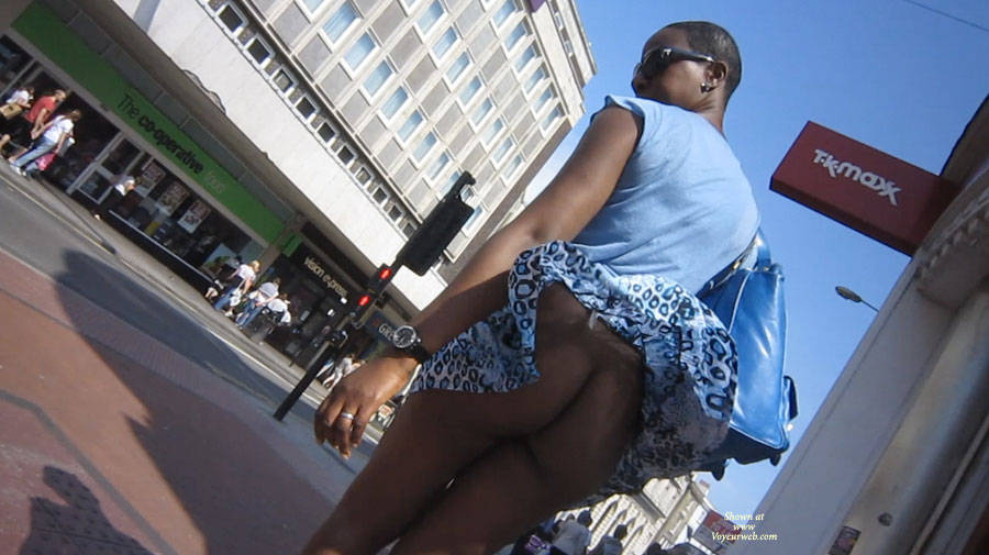 ever see a skirt ride so high that it actually shows her back ?