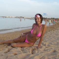 Topless Girl:On The Beach